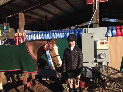 Tantallon Co-Captain and Lily Bennett of Atlanta, GA in the Large Pony Hunter Division